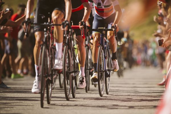 7 Reasons Why Competitive Cyclists Have Started Using CBD Oil
